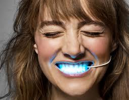 LED zobu skavas